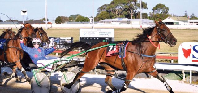 Veteran's dashing return to racing