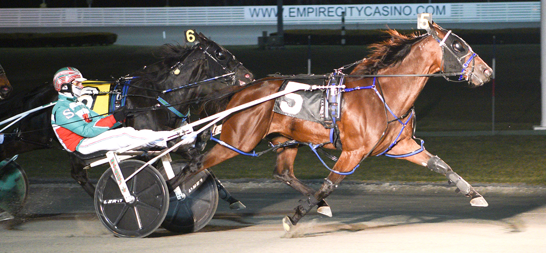 Former Australian sizzles at Yonkers