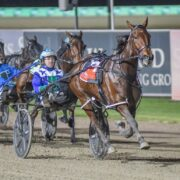 Cash N Flow best of the Late Mail for Menangle